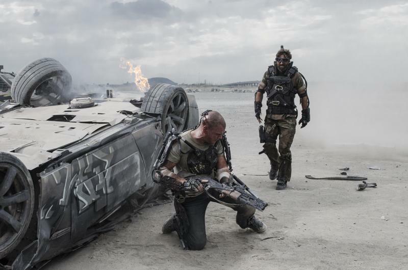 Max (Matt Damon) kämpft gegen Kruger (Sharlto Copley) in Neill Blomkamps Elysium