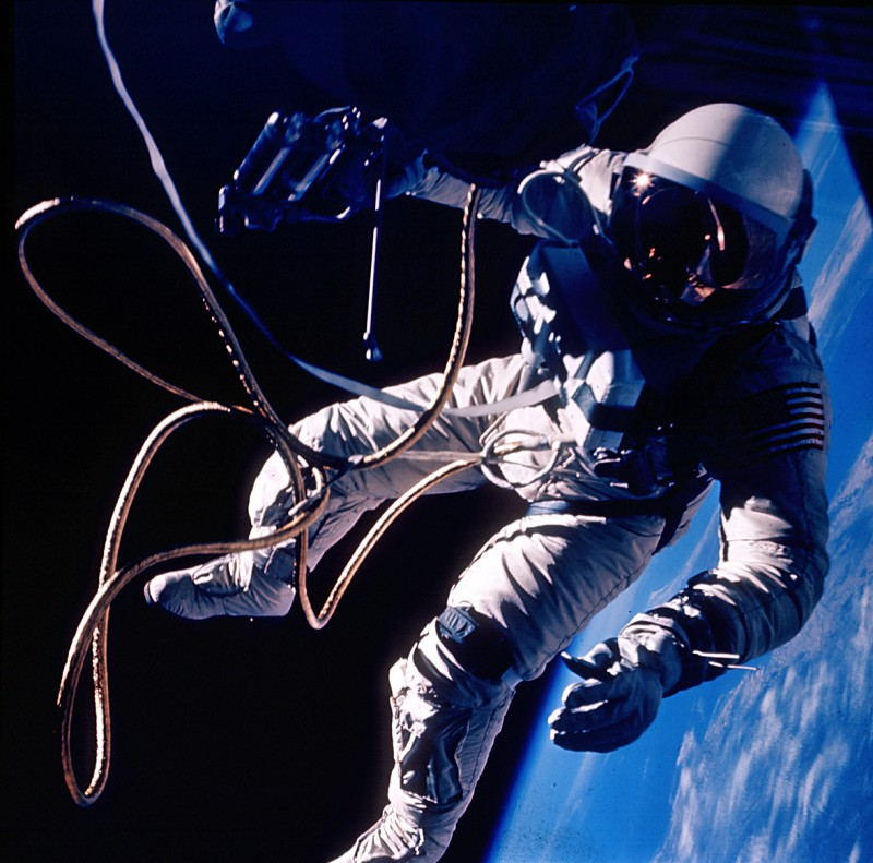 NASAs Real Gravity - First U.S. Spacewalk - Gemini 4